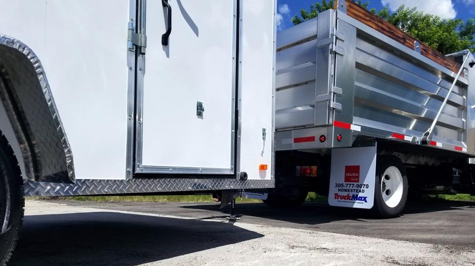 Truck_Trailer_Mower and Equipment Bundle 04
