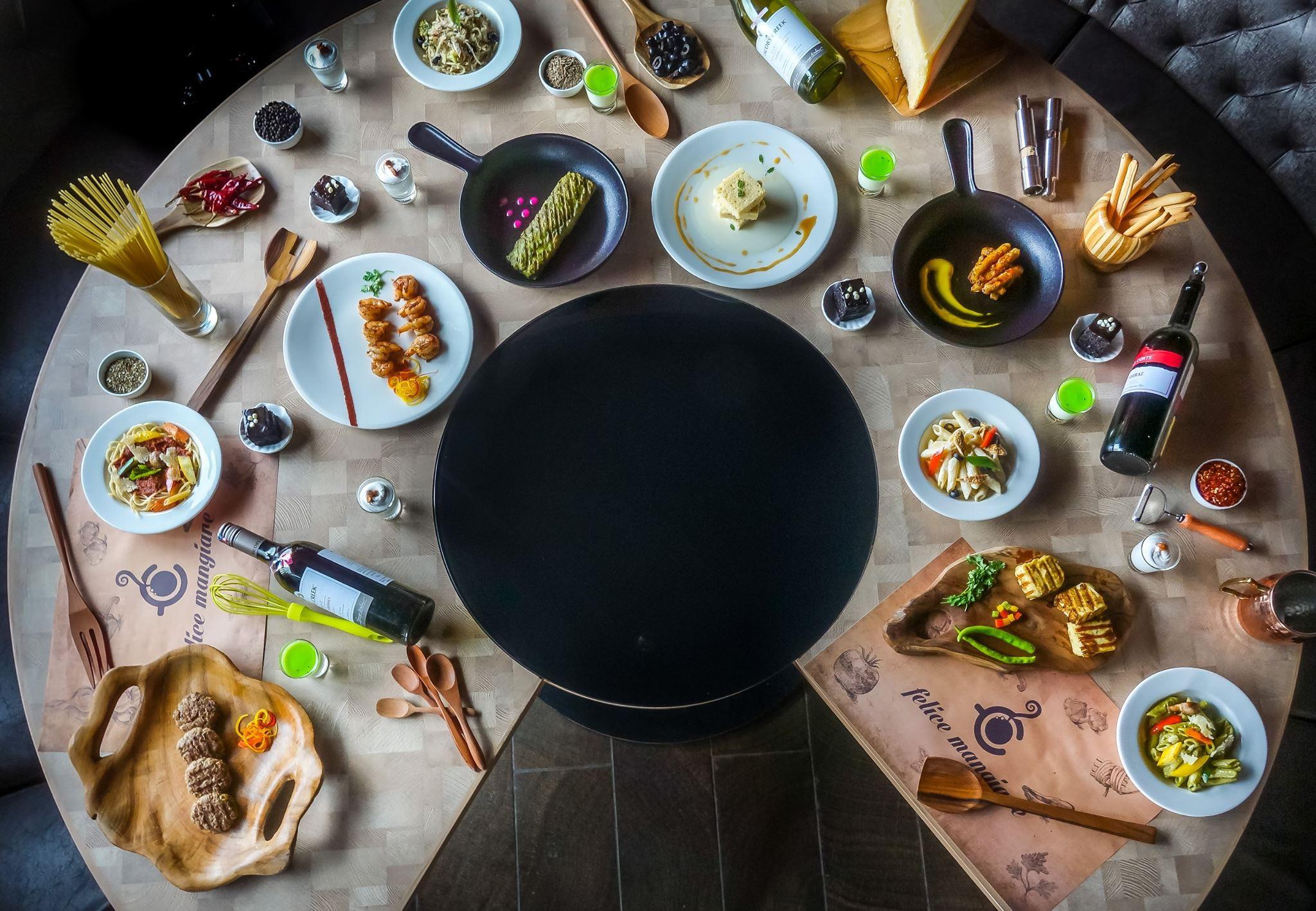 Dinner Buffet(Mon- Tue)-Veg + Tax