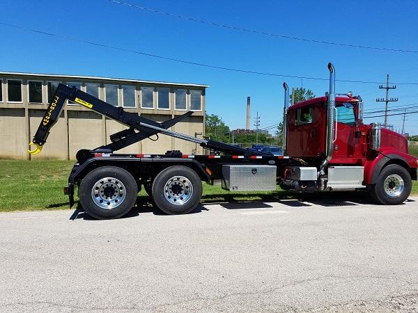 ampliroll truck 2 .jpg