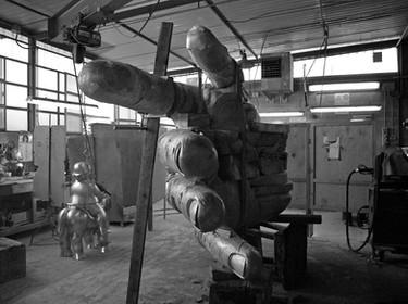 GUNTHER STILLING Sculpture in the Fonderia DaPrato