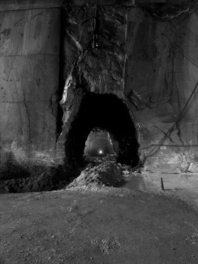 """FANTISCRITTI """"Underworld"""" - Quarry deep in the Mountain > old Train-Tunnel for Transport of the blocks / now substituted by Trucks"""