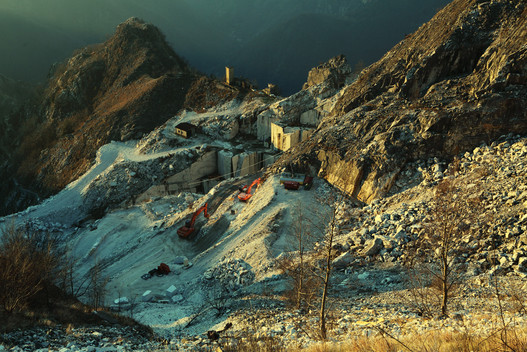 HENRAUX Quarry in Winterlight