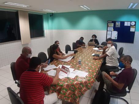 Diretoria, coordenadores e administrativo da fazem planejamento para continuidade das atividades
