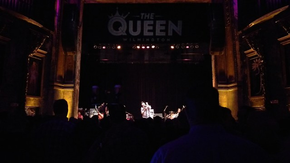 Blues Traveler on the stage at The Queen.