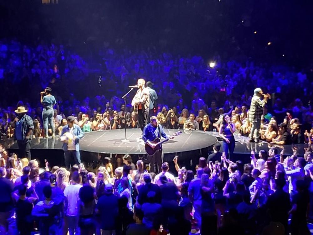 Justing Timberlake on stage.