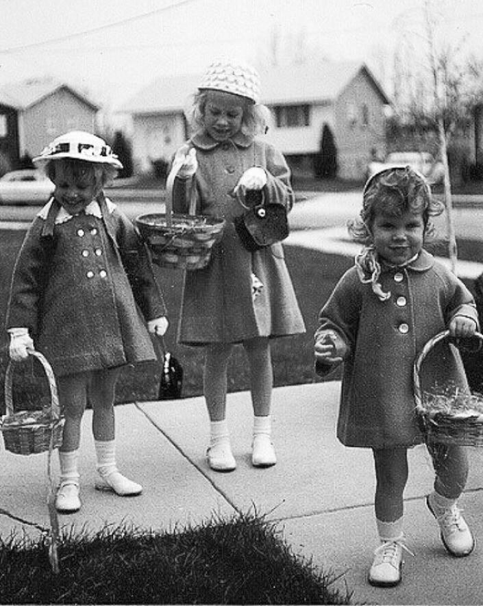 50s Easter Egg Hunt Image from Pinterest
