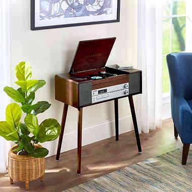 Retro Radio Console