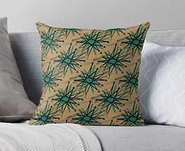 Retro Starburst Print Throw Pillow