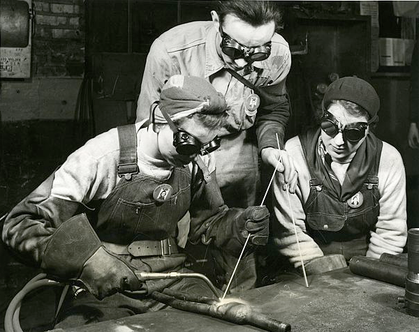 40s girls learning welding