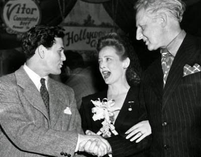 Hollywood Canteen John Garfield, Bette Davis and Jules Stein