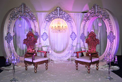 oval stage setup