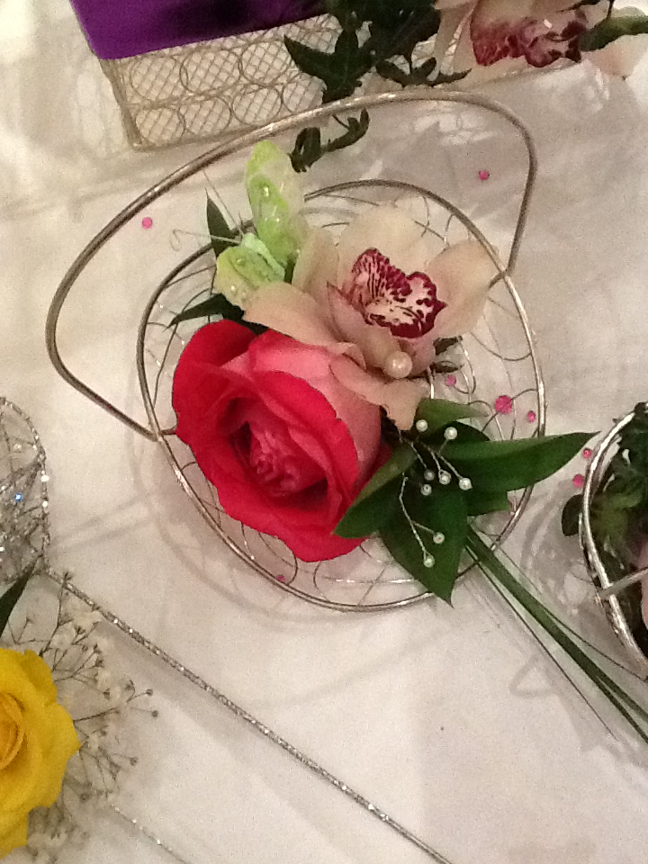 brides maid arrangement