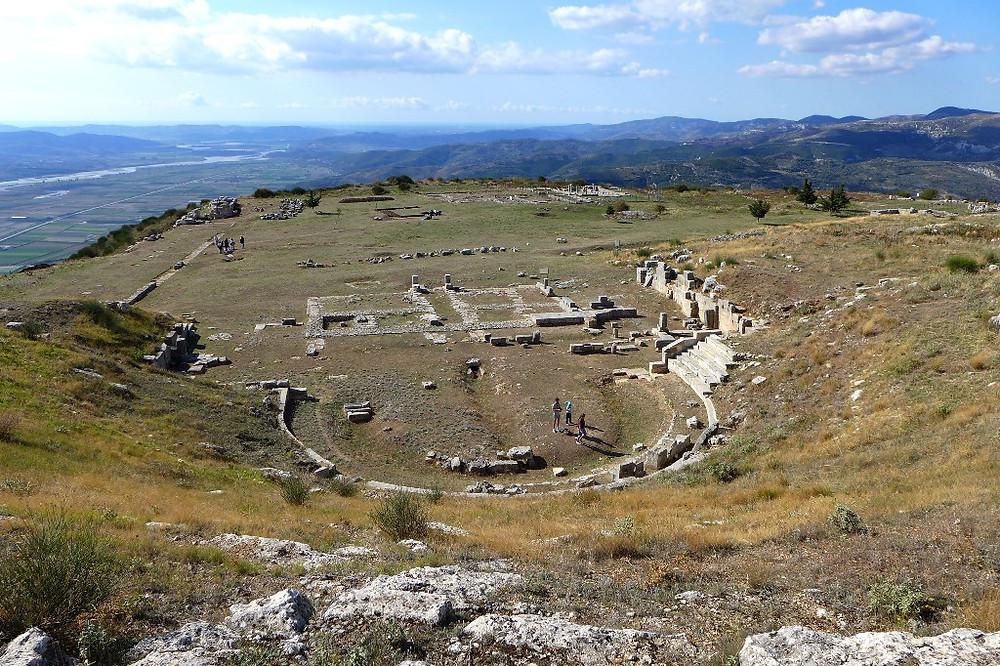 Амфитеатр (археологический парк Bylis)