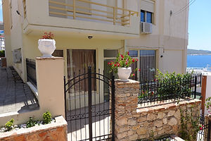 Barracuda Apartaments (Saranda)