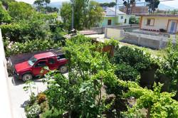 Сад и парковка