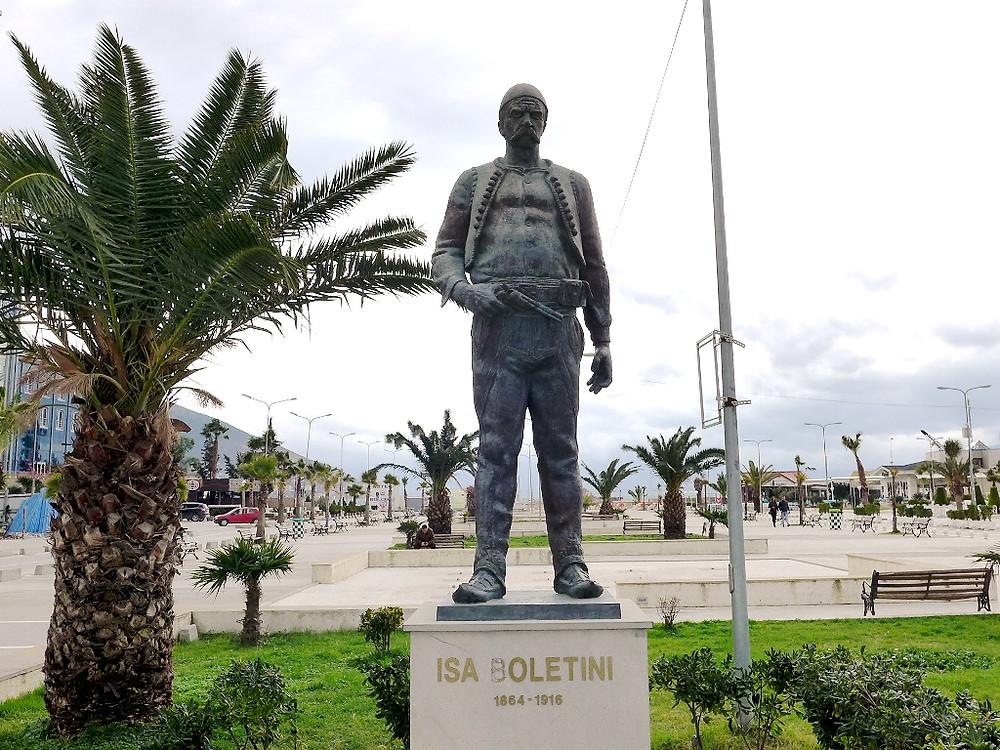Памятник Isa Boletini (Влёра)