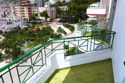 Балкон № 1 и 2
