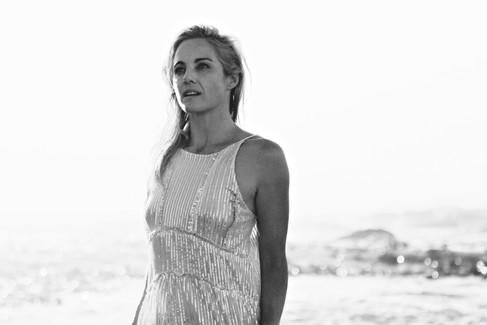 LARA ROUX YOGA | INSPIRED BY WATER