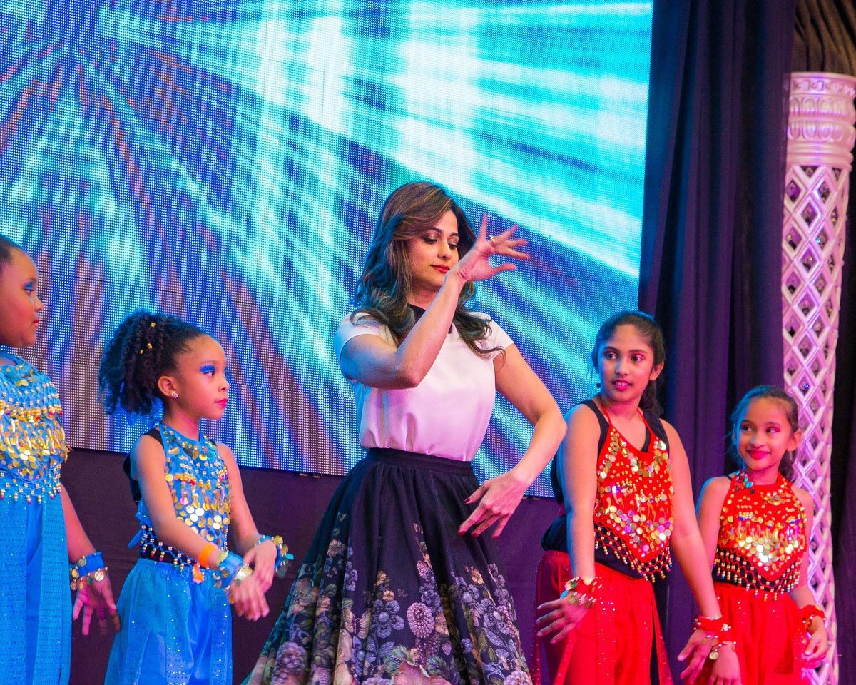 Kids Performance with Bollywood Actress