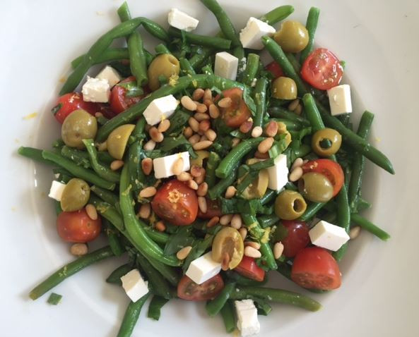 Grønne bønner m. tomat og feta