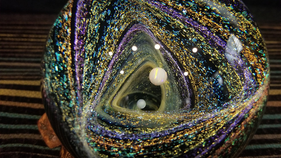 "#004 2.8"" Dichroic Vort-angle with 2 opals and precious metal fume"