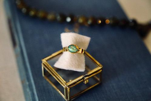 Ring aus Silber mit Feingold Auflage und Opal-Stein