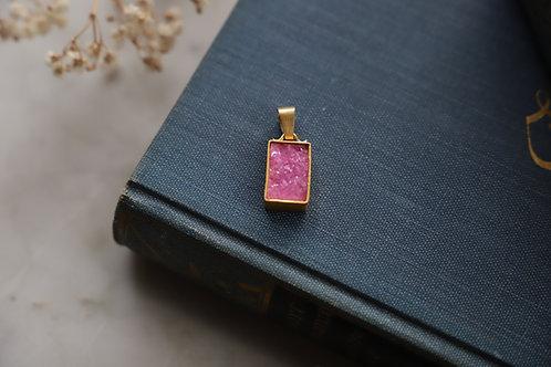 Anhänger aus Silber und Feingold   mit rosa Cobald Calcit