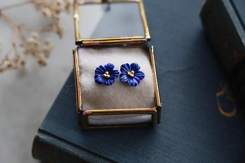 Ohrringe aus Feingold  und Gelbgold mit Lapislazuli Blüten