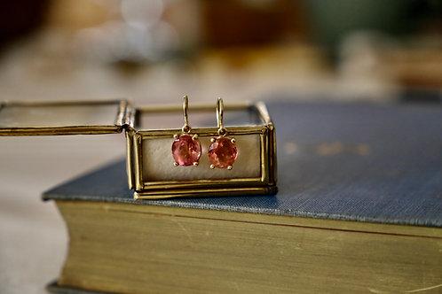 Ohrringe aus Gold  mit rosa Turmalinen 3,95ct