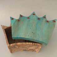 I made this crown bandsaw box and my nei