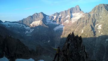 course arête montagne écrins