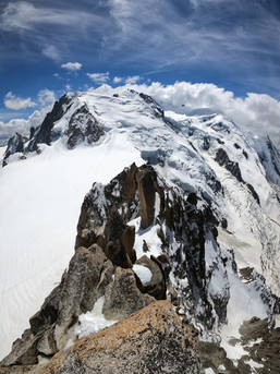 Arête des Cosmiques et Mont-Blanc