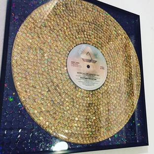 gold glitter disk -SOLD-