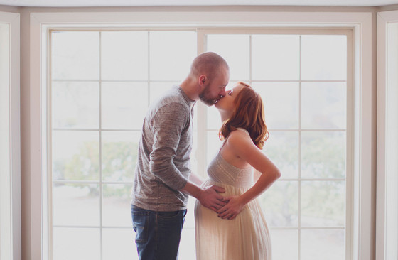 Rodney + Jennifer: Winter Maternity Perfection