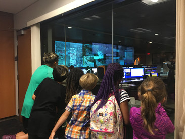 City Kids Visits a 911 Call Center.