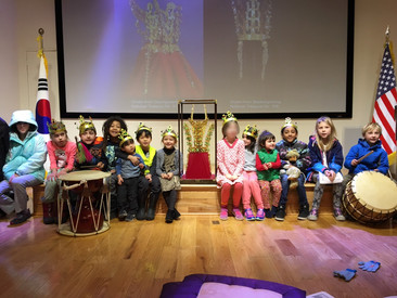City Kids visits the Korean Cultural Center!