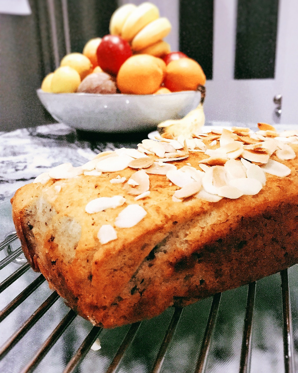 Sugar, dairy and gluten free banana bread recipe_You Need A Nutritional Therapist_Kay Ali