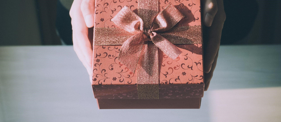 Holiday Gift Ideas to Relax and Rejuvenate A Caregiver