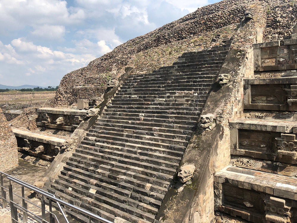 Teotihuacan feathered serpent temple