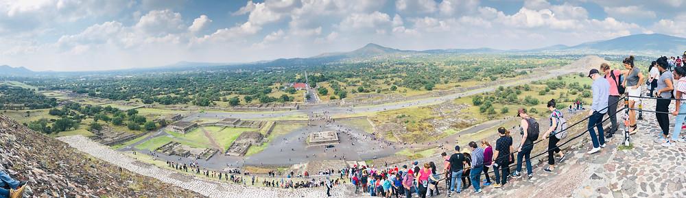 Teotihuacan sun pyramid panorama