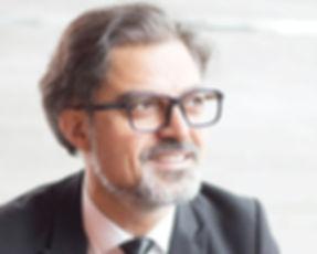 Verres unifocaux leica opticien toulouse homme barbu