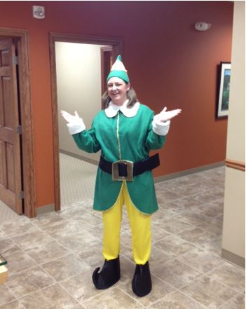 Kathy the Elf Spreads Cheer