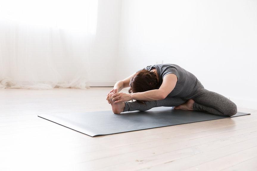 web-Janine Yoga -70.jpg