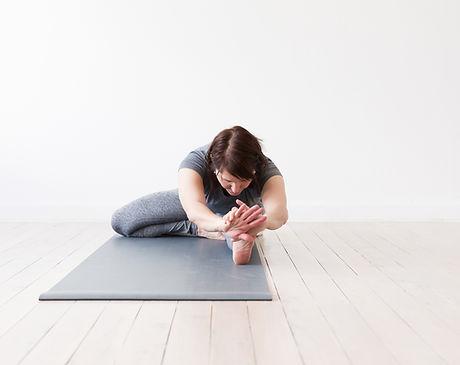 web-Janine Yoga -67.jpg