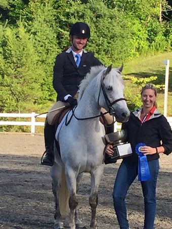 Bella with Rocco Henderson winning the ACPS Region I Working Hunter Cup