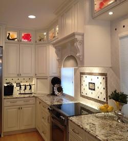 Clean and Crisp Kitchen