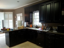 Black kitchen before 2