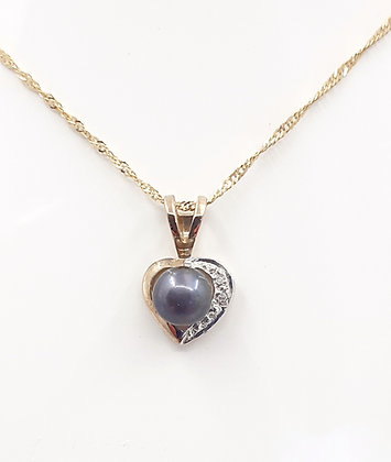 9ct Gold, BlackFw. pearl pendant, w/Diamonds.Chain NOT icluded.