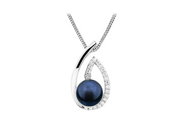 P 10 SIlver Pendant with black fresh water pearl