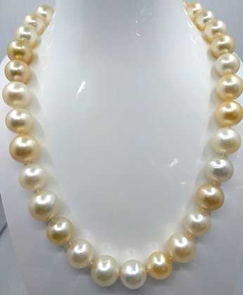 "South Sea 13 white and yellow 18""  with white gold clasp"